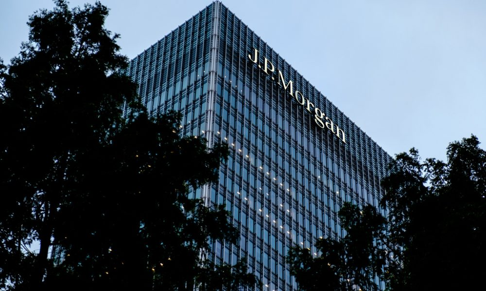 Breaking: JPMorgan Chase mobile and online website down: Chase down?