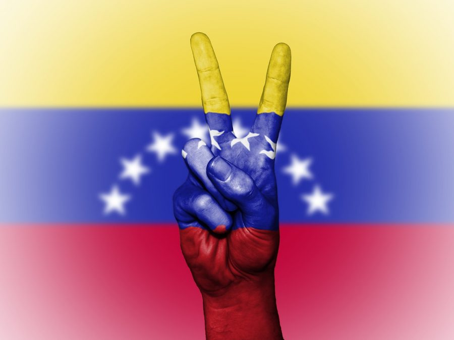 Bitcoin [BTC] trading volumes hit record high in the crumbling economy of Venezuela