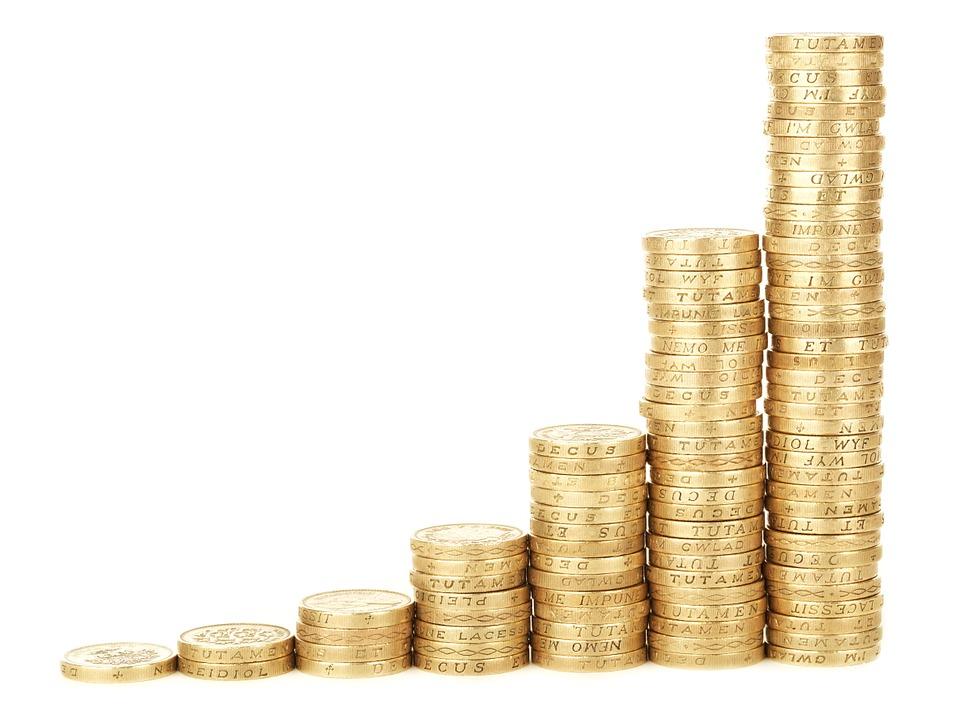 Bitcoin [BTC] and Litecoin [LTC] Price Analysis: BTC bulls bellow past $7,900 mark as LTC recoils