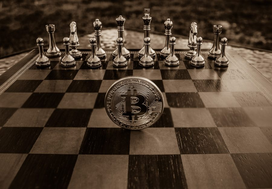 """Bitcoin is growing but it is not entirely free of """"government interference, claims Author of Bitcoin Standard"""